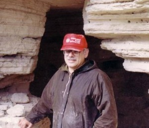 Eisenman at the mouth of Cave 4, Qumran.